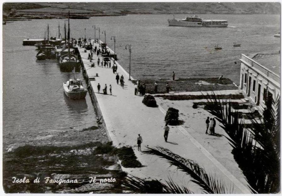 Favignana molo San Leonardo foto vecchia 1950