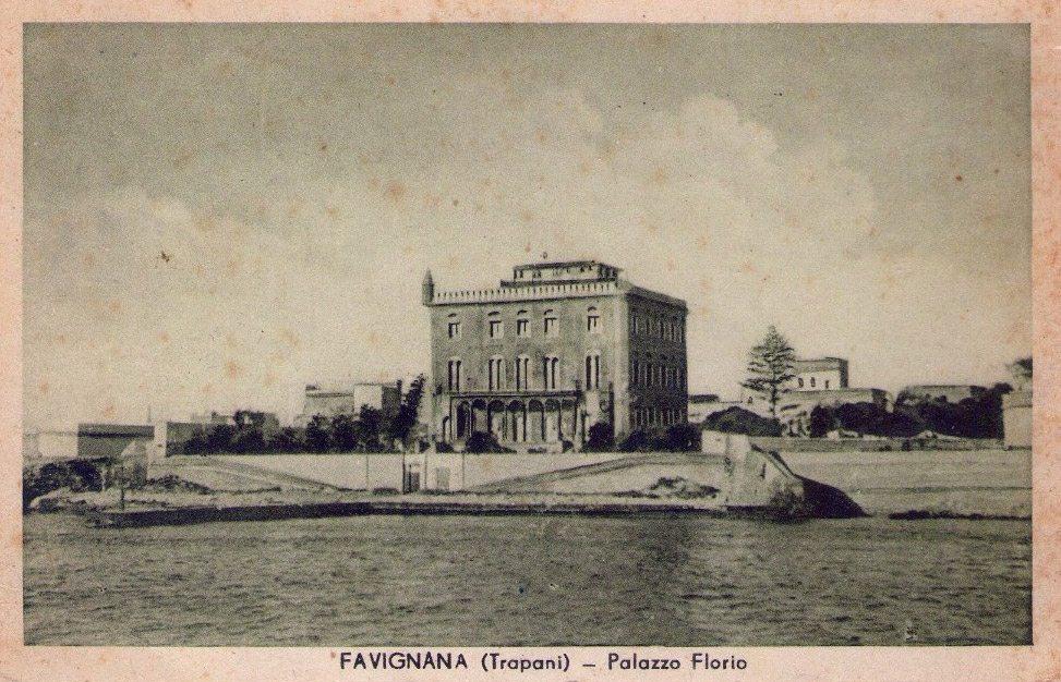 Favignana Trapani il palazzo Florio negli anni '50