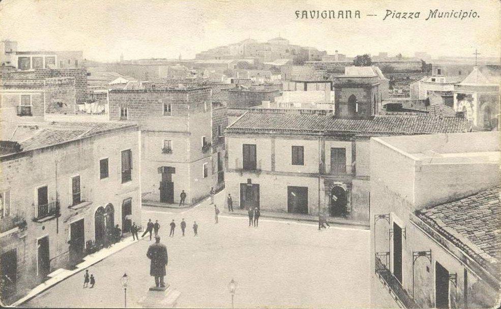 Piazza del Municipio (ora piazza Europa) a Favignana