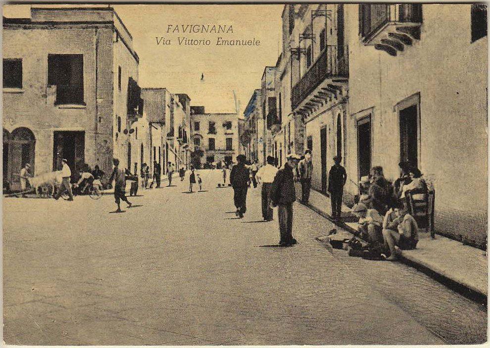 Isola di Favignana, via Vittorio Emanuele, foto del 1951