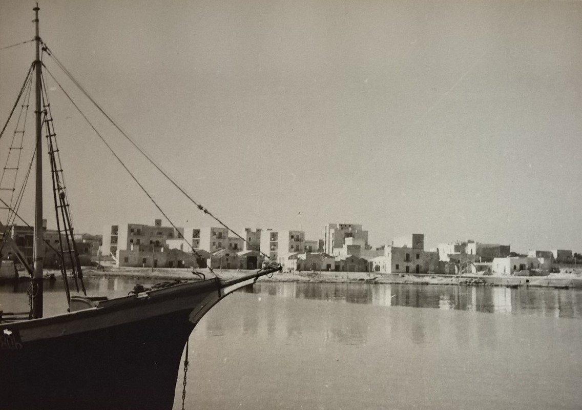 1961-favignana-vista-verso-la-praia